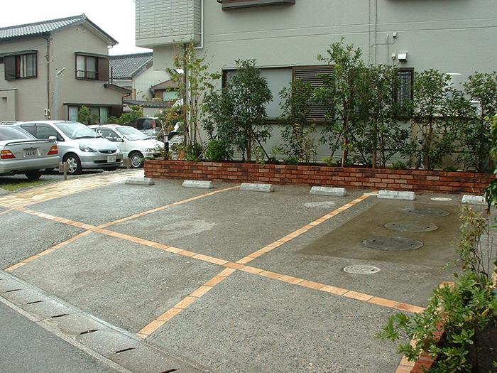 コンクリート洗い出し駐車場