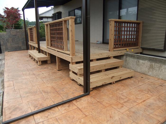造形壁とスタンプコンクリートテラス